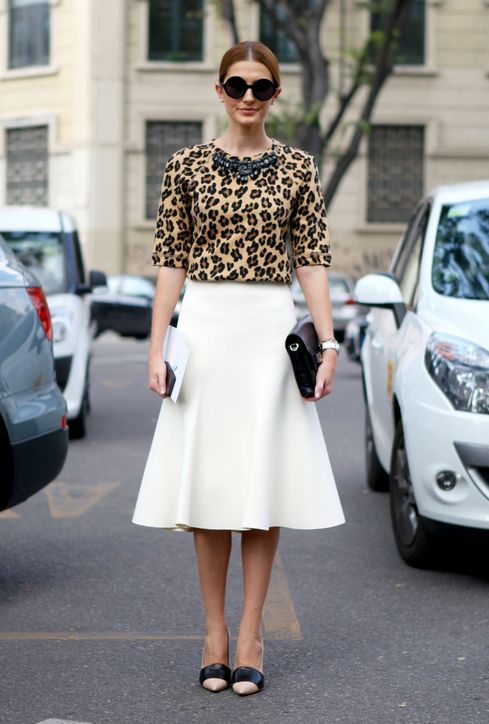 what-to-wear-to-work-leopard-print-top-h724